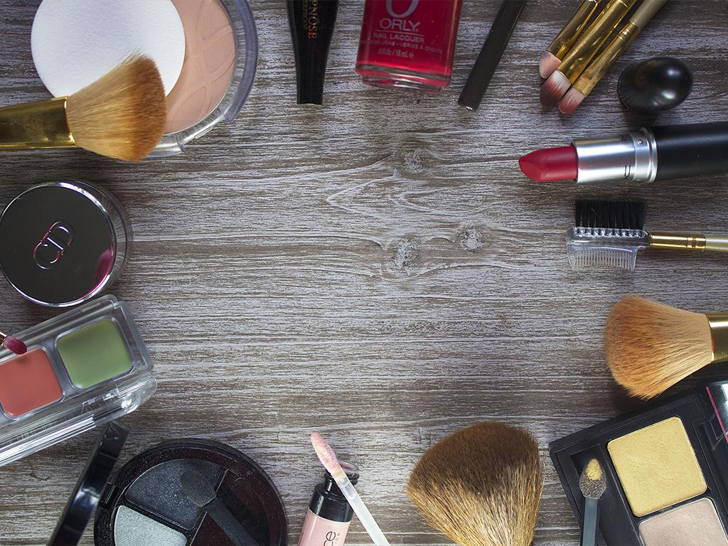 Pengertian Kosmetik di Indonesia dan Cara Pembuatannya
